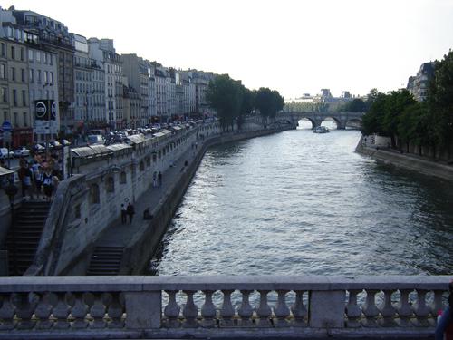 Paseos del Rio Sena. Paris_Francia