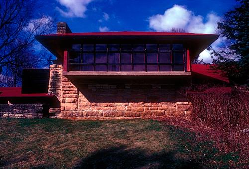 Una de las fachadas de Taliesin, Spring Green, Wisconsin_USA.