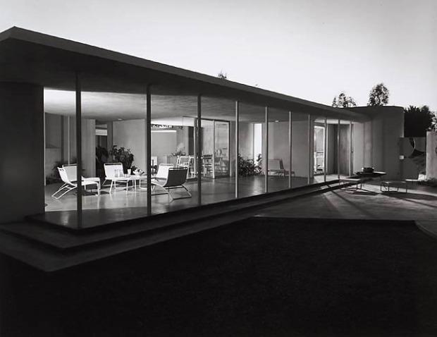 Drake House, 1952
