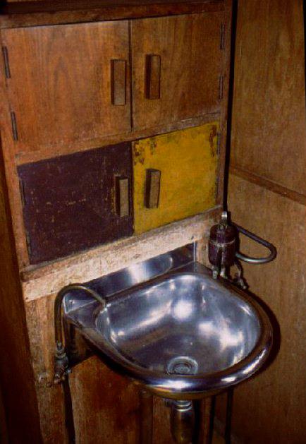 corbu-lavabo