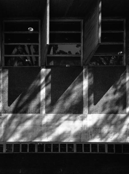 Ciudad Universitaria de Caracas_3 TRIANGULOS. Foto_sancheztaffur