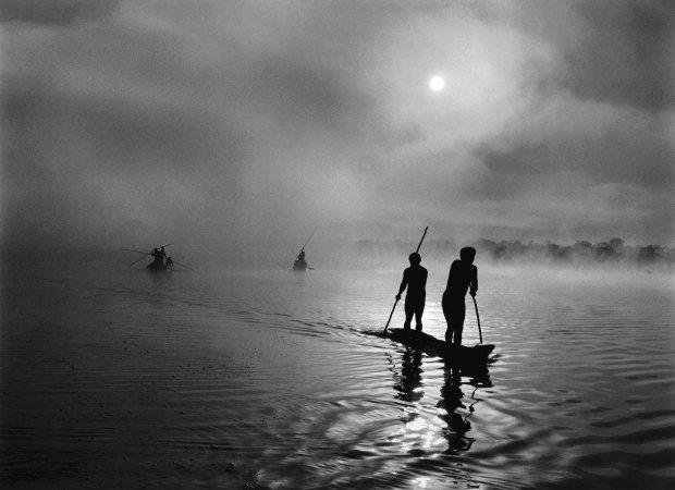 sebastiao-salgadoamazonasnbpictures-the-state-of-amazonas-brazil-2009