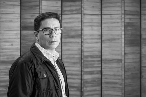 vctor snchez taffur es arquitecto y docente desde realiz estudios de postgrado en la etsam de la universidad politcnica de madrid